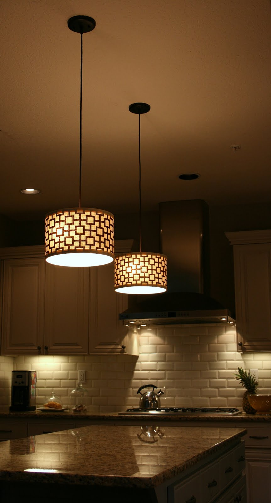 Exhilarating kitchen lights for Kitchen pendant lighting island