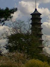 Pagoda en los Reales Jardines de Kew. Londres