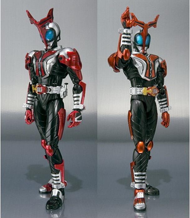 Figuarts Kamen Rider Kabuto Hyper Form New Large ImagesKamen Rider Kabuto Hyper Form