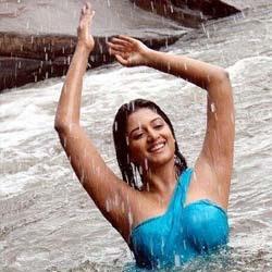 Vimala Rama to go nude in Bollywood!