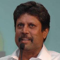 Kapil Dev in 'Mazhavillinapurathekku'