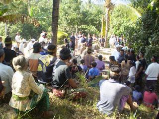 Upacara Mungkah (Setra Desa Tamblang)