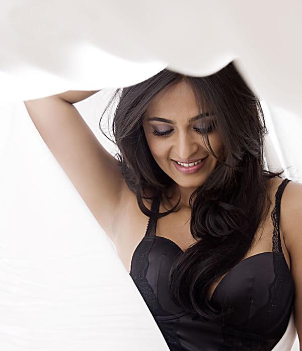 Anushka Shetty Anushka+galatta+(3)