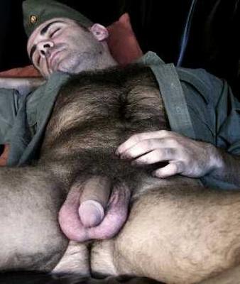 Fotos de soldados machos gays nu