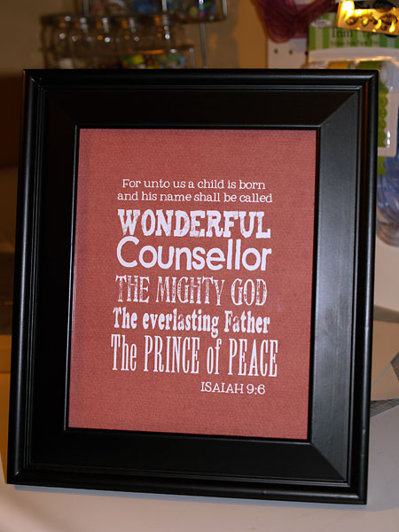 Life scraps sub way arta do it yourself project i already had this frame as well and i think this will look great in my hallway this holiday season solutioingenieria Images