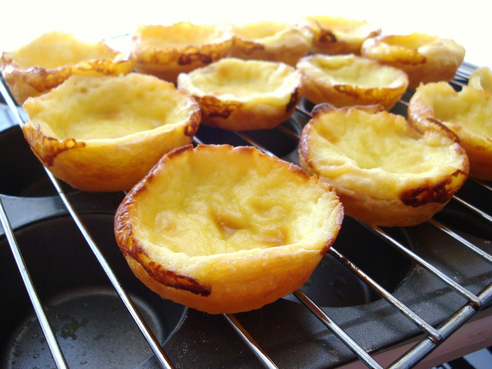 DAILY DOSES OF SUGAR: Portuguese Custard Tart