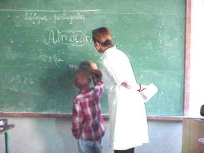 http://1.bp.blogspot.com/_YIwUWdeEdU0/SlHqsIKZ7RI/AAAAAAAADi0/6gWzLUkhkEg/s400/professor.jpg