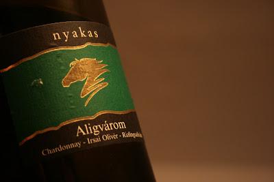 Aligvárom 2009, Nyakas