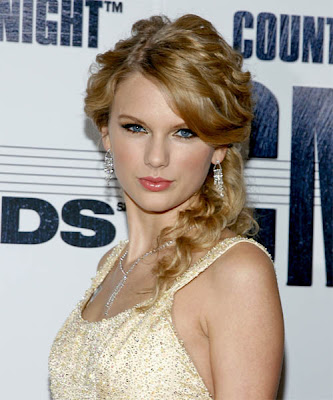 Taylor Swift Latest Hairstyle