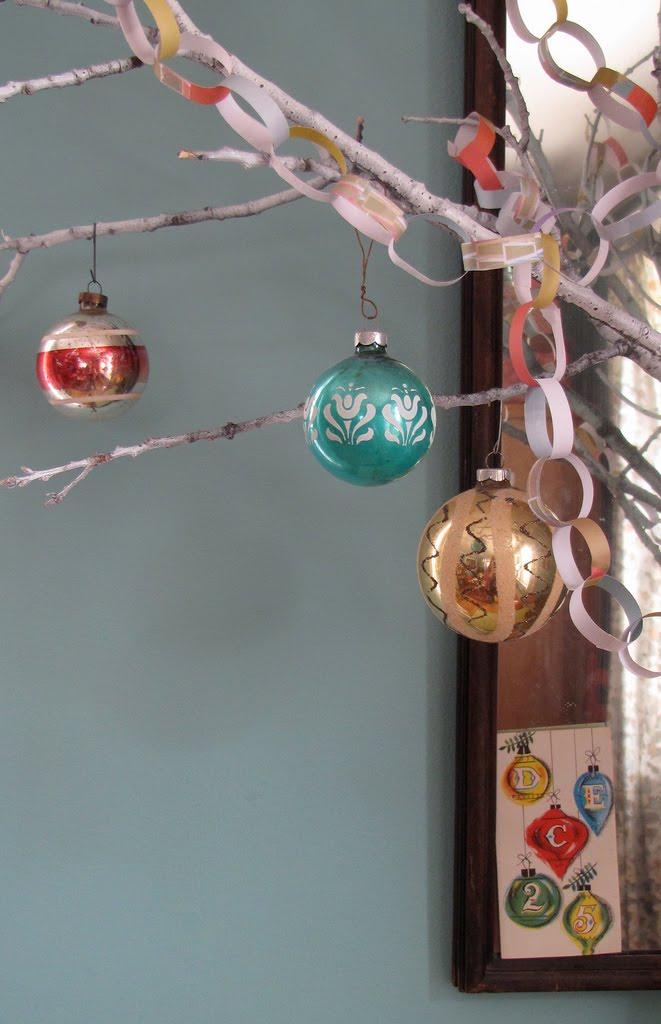 [Christmas-ball-balls]