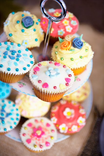 [Cupcakes-decorated]