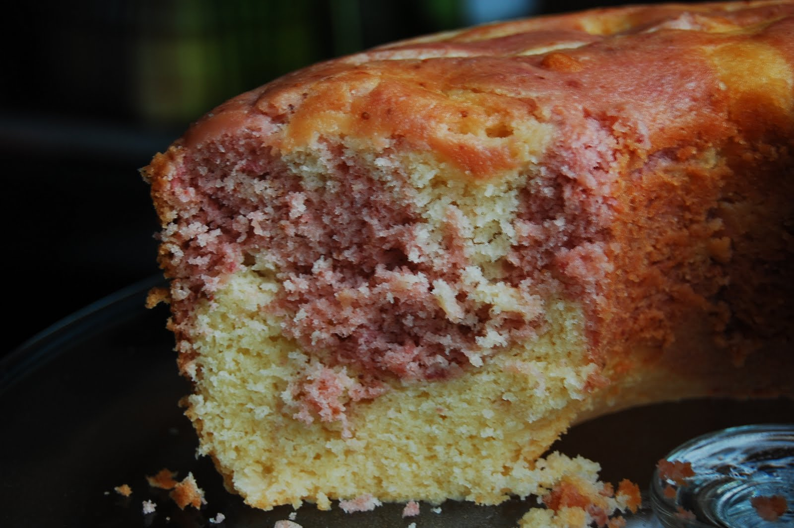 Canadian Baker Too: Strawberry Sour Cream Coffee Cake