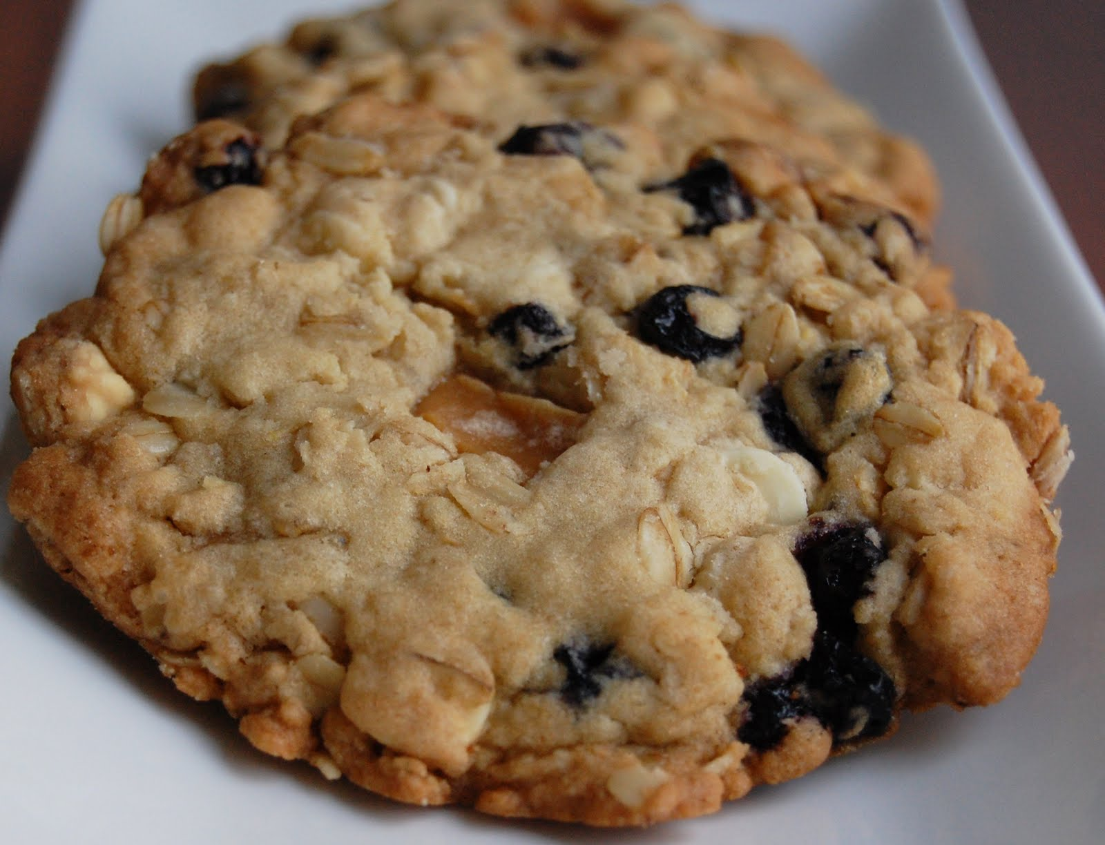 ... Baker Too: Blueberry, Caramel and White Chocolate Oatmeal Cookies