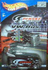 HW VW DRAGBUS PENSKE BLACK