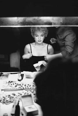 Marilyn Monroe en la galería 'Actrices frente al espejo' de elhombreperplejo.com