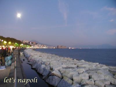 Naples et décembre Naples+night+%2816%29b