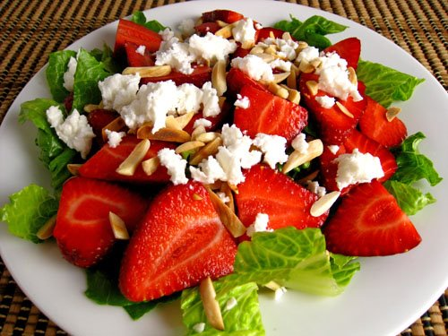 Strawberry_and_Feta_Salad_500.jpg