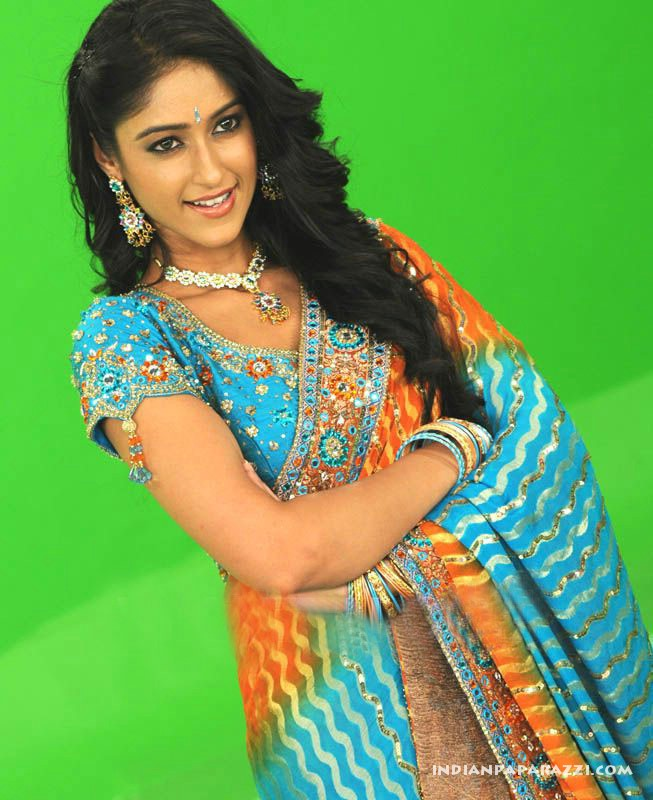 ILeana latest Photoshoot in Saree