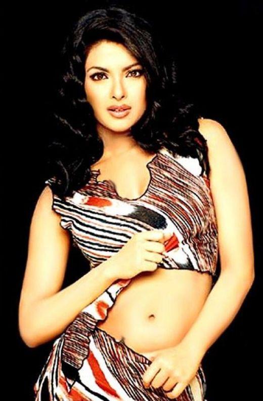 Priyanka Chopra Sexy Boob Show