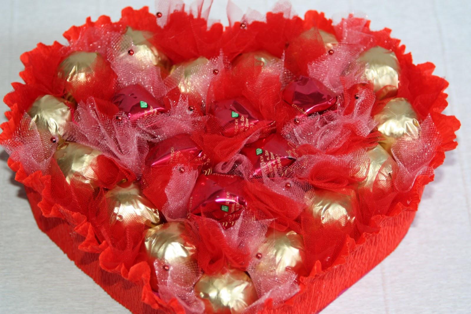 Как сделать сердце из конфет своими руками для начинающих фото пошагово