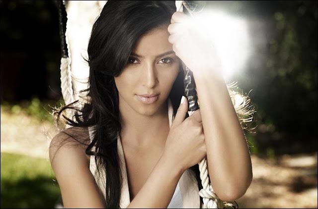 http://1.bp.blogspot.com/_YOLPoyRTf6k/TNuvn59JwmI/AAAAAAAAADY/SA5qSzfOfQs/s1600/Kim_Kardashian_511829a.jpg