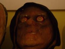 mascara realizada en espuma por natan solans