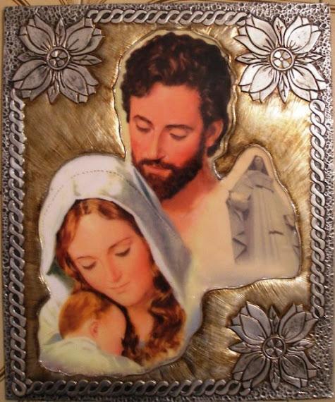 Sagrada Familia y la Virgen de la Paz de Trujillo