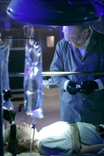 Olivia (Anna Torv) finds herself trapped in a mysterious lab in the FRINGE episode Bound