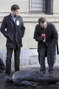 FRINGE: Walter (John Noble, R) and Peter (Joshua Jackson, L) inspect crime scene evidence in the FRINGE episode 'The Road Not Taken' airing Tuesday, May 5 (9:01-10:00 PM ET/PT) on FOX. ©2009 Fox Broadcasting Co. Cr: Craig Blankenhorn/FOX