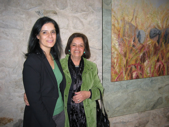 Dr.ª Adelaide Teixeira with the artist Cèlia Alves