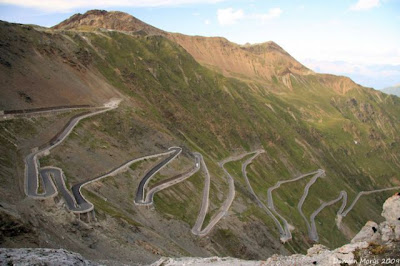the most amazing 640 33 The Most Amazing Roads in the World (41 pics)