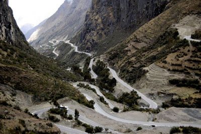 the most amazing 640 25 The Most Amazing Roads in the World (41 pics)