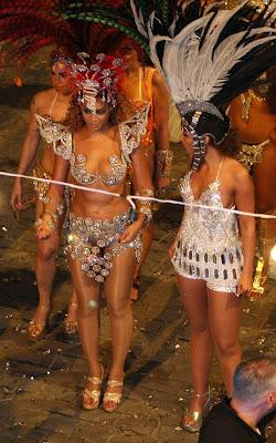 beyonce-knowles-alicia-020909-8 Alicia & Beyonce sous le soleil de Rio
