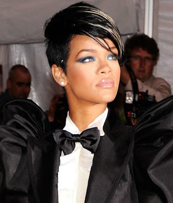make Risky Rihanna