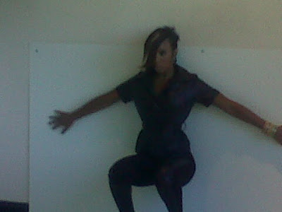 kr >Kelly Rowland passe au court
