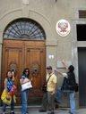 Firenze: Negligencia o irresponsabilidad del Consulado ante un niño peruano en peligro.