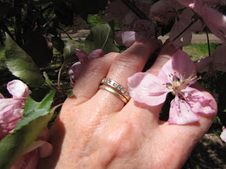 flowers wedding ring diamond