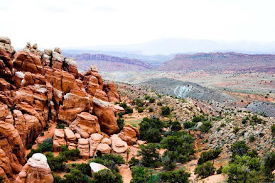 Fiery Furnace with Salt Valley background