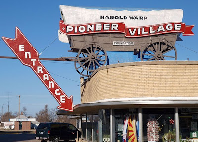 Harold Warp's Pioneer Village