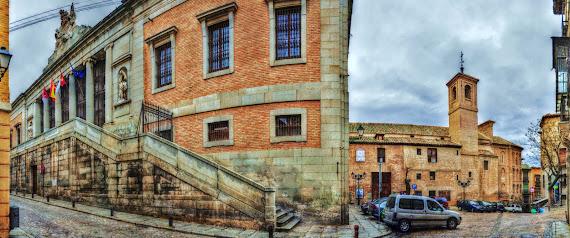 PLACIO DE LORENZANA Y PLAZA DE SAN VICENTE