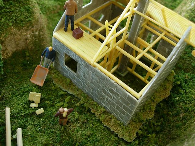 Woodland Scenics Model Figures
