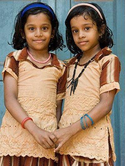 [twins_09.jpg]