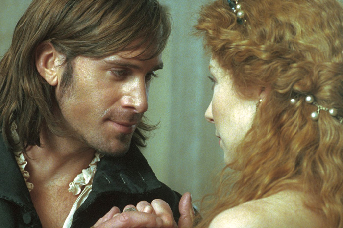 my personal take on the theme of love between portia and bassanio in act 3 scene 2 of the merchant o As bassanio says to antonio in act i scene i,  after a few months, portia and bassanio live together along with nerissa and her husband, and antonio.