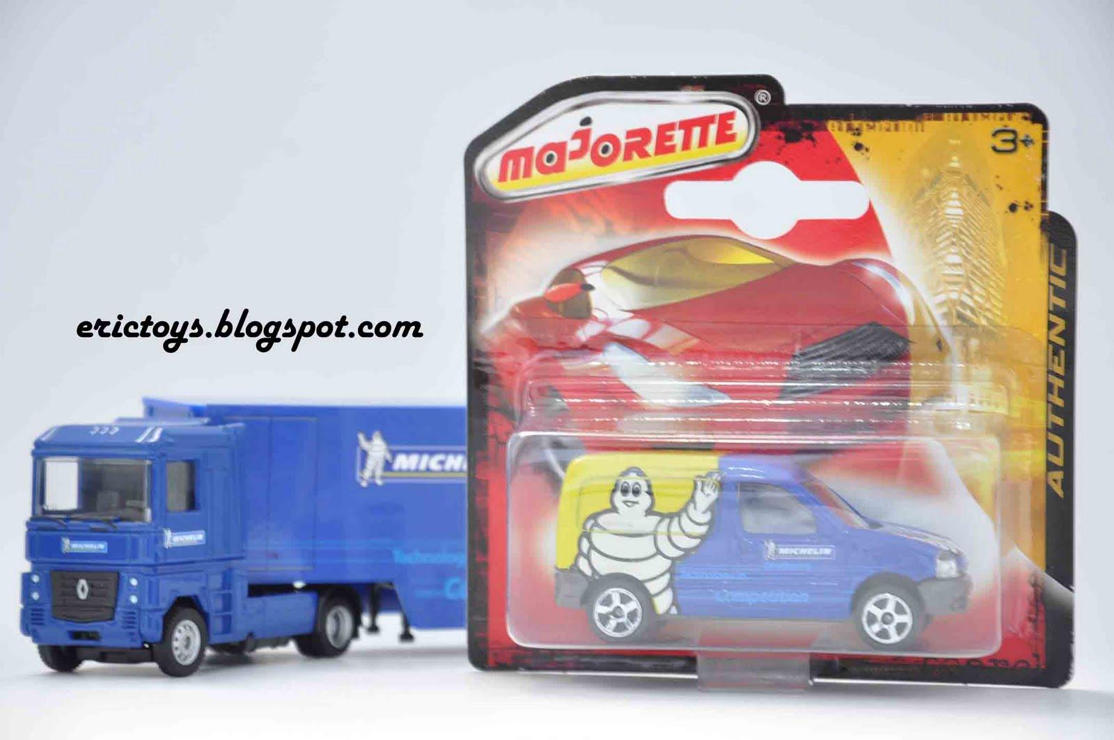http://1.bp.blogspot.com/_Yba-0dpk3KQ/S-eusLjjPaI/AAAAAAAAMtg/9fnarcFQvOY/s1600/toys+411+copy.jpg