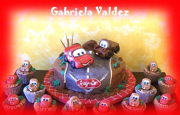 DeCuore: Torta y Cupcakes de Cars 