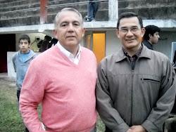 Julio Bravo y el Padre Jesús Villa