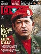 Chavez vor einer ins Bild eingefügten Karte Südamerikas auf Cover der Druckausgabe des Magazins 'Época' mit verfremdenden Bildmanipulationen