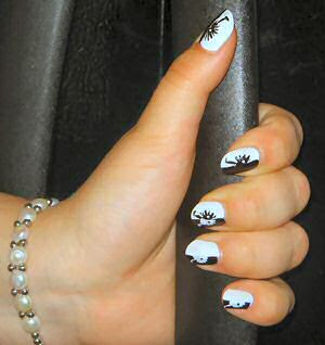 manicure, use nail art stencils. Just glue them on your nails