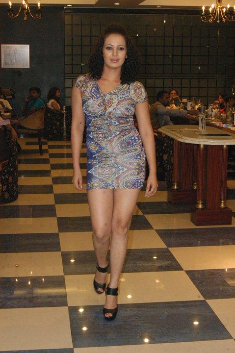 http://1.bp.blogspot.com/_YgVIy1rP_Kw/S95XGrH-21I/AAAAAAAAA7I/2Ssh5ORaCK0/s1600/Kanchana+Ratnayake.jpg