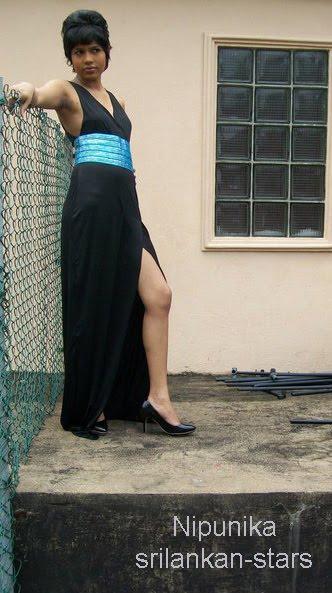 http://1.bp.blogspot.com/_YgVIy1rP_Kw/TAiXiKbeTRI/AAAAAAAABdA/ciCDphRog0Y/s1600/Nipunika_Fernando.jpg